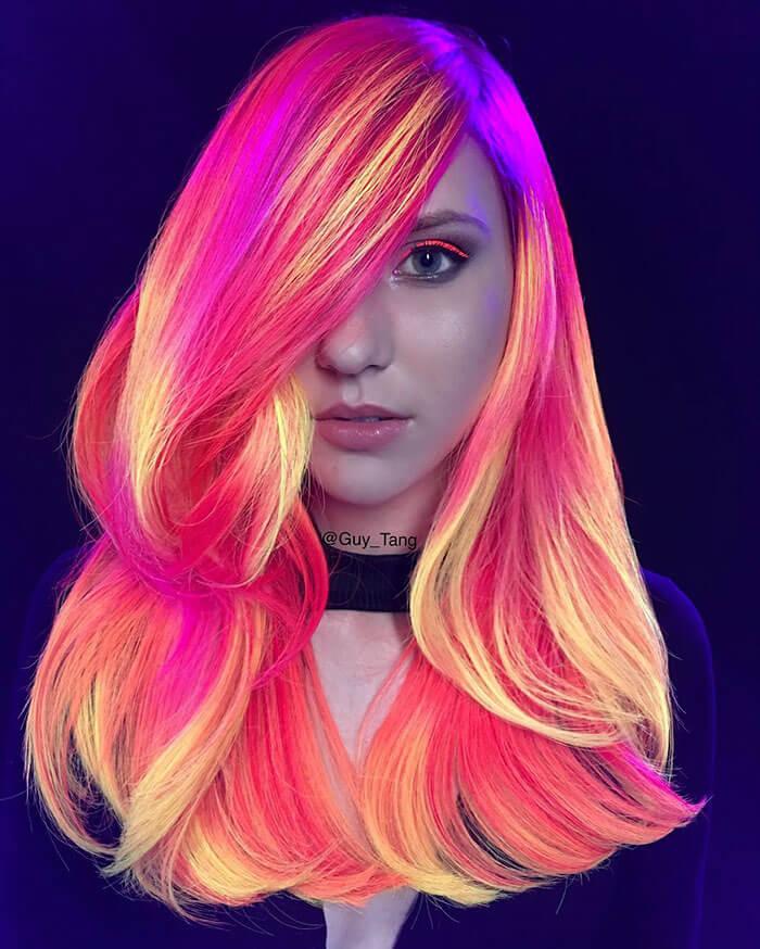 Неоновые волосы